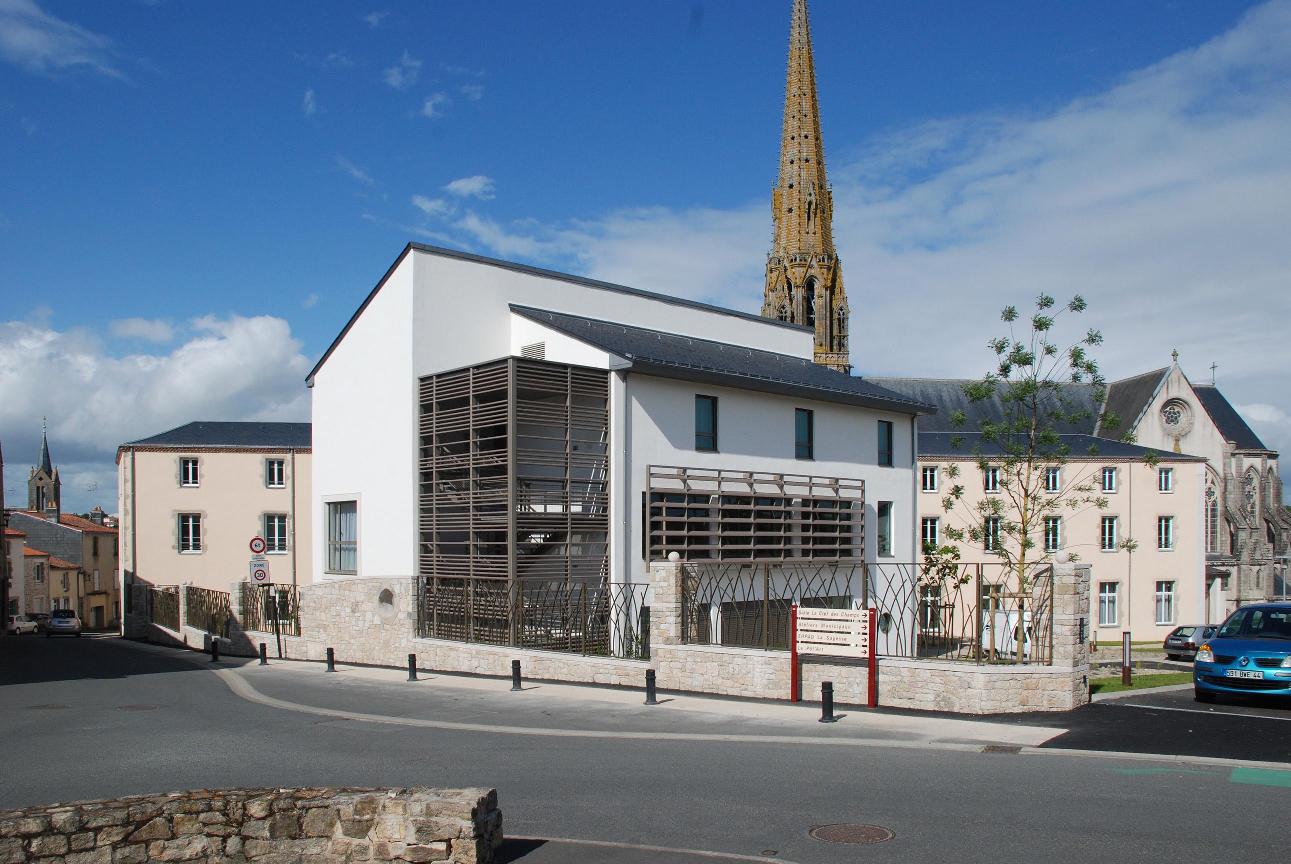 Édifices Architectes, centre spirituel, Saint-Laurent-sur-Sèvre (85)