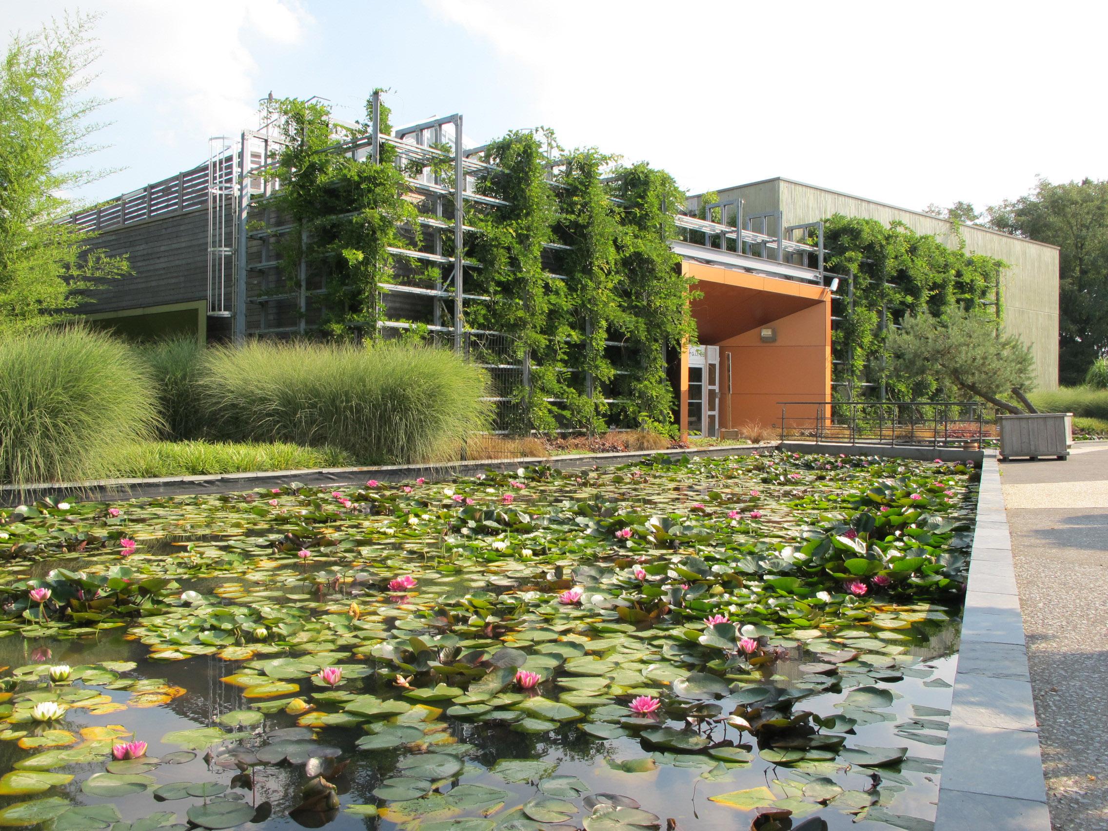 Édifices Architectes, Terra Botanica, centre d'affaires, Angers (49)